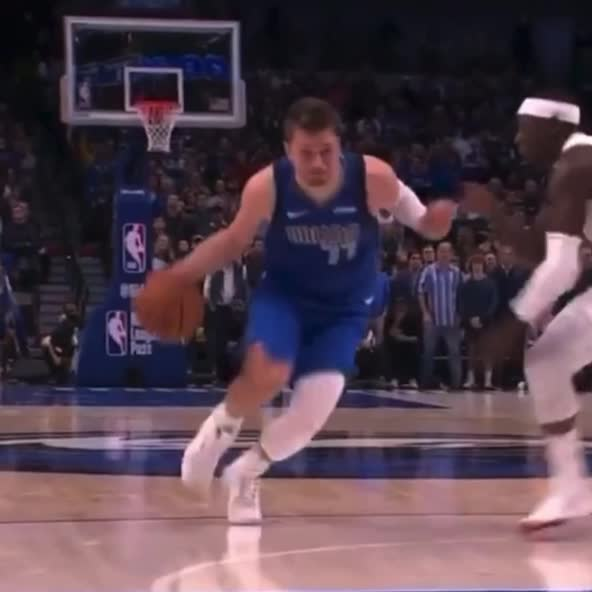 falling basketball and stopping